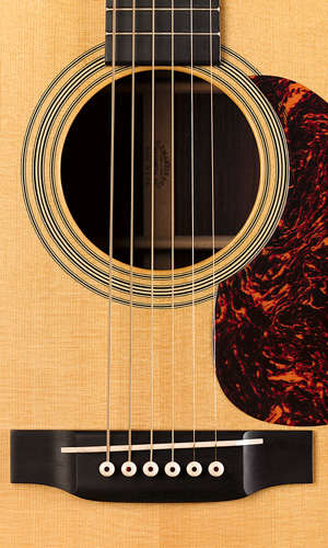 http://www.martinguitar.com/media/k2/attachments/HD-28V_t.jpg