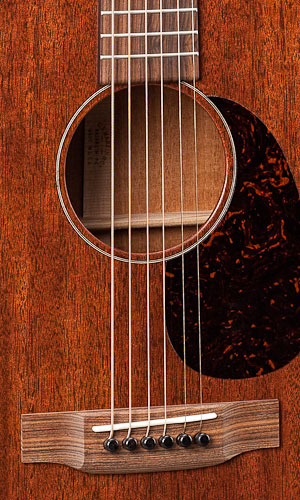 http://www.martinguitar.com/media/k2/attachments/00-15M_t.jpg